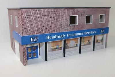 OO 1:76 scale Hornby Skaledale Headingly Insurance Office R9709 New FNQHobbys