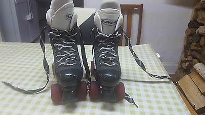 Supreme Rollerskates Size 39 Used Four Wheel Used