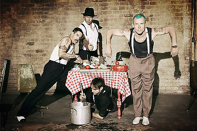 R.h.c.p. Red Hot Chili Peppers 8X10 Band Photo Poster Picture Decor Print 005