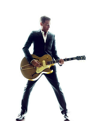 Bryan Adams UNSIGNED photo - D2127 - Canadian singer, guitarist & songwriter
