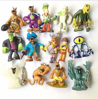 random 11pcs Scooby Doo Mystery Mates Solving Crew & The Monsters Mega Figure
