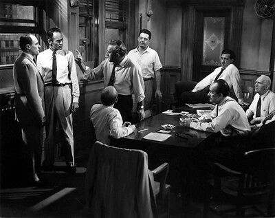 Henry Fonda, Lee J. Cobb and Jack Klugman UNSIGNED photo - D2246 - 12 Angry Men