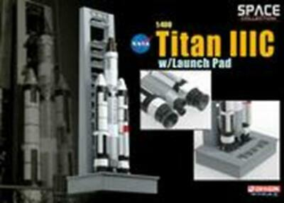 Dragon 1/400 Titan IIIC w/Launch Pad (Space) 56228