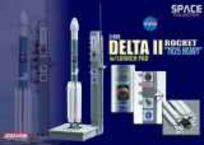 "Dragon 1/400 Delta II Rocket ""7925 Heavy"" w/Launch Pad 56339"