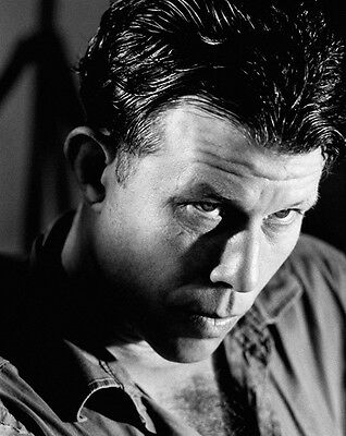 Tom Waits UNSIGNED photo - E302 - American singer-songwriter, composer and actor