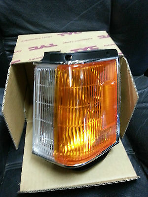 TOYOTA CORONA ST141 Left Corner Light - Brand New Quick Delivery
