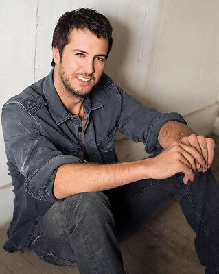 Luke Bryan UNSIGNED photo - E472 - American country music singer and songwriter