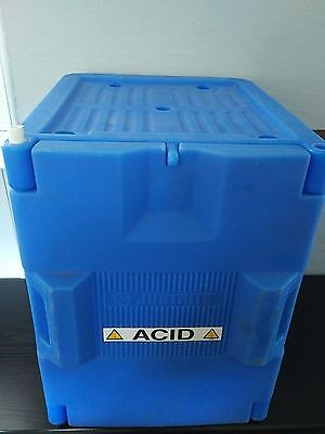 "JUSTRITE 24040 Acid and Corrosive Safety Cabinet 19-1/2"" Made in USA"