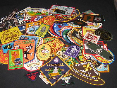 Scouts Canada patches, lot of 100 plus   cjp  fx