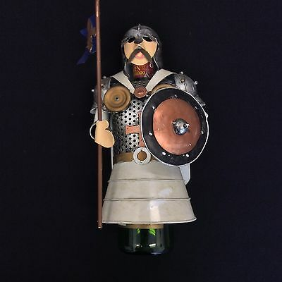 Metal Wine Bottle Holders/Rack Crusaders with Flag and Shield