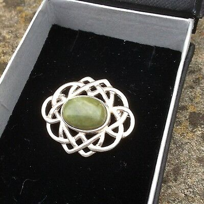 Connemara marble cabochon sterling silver brooch pin. Celtic Irish jewellery