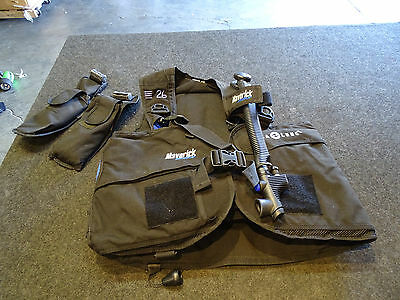Aqua Lung BCD Maverick RDS Size XL w/ 2 5 lbs Weight bags