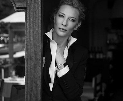 Cate Blanchett UNSIGNED photo - E745 - GORGEOUS!!!!