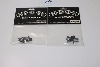 2 x Mainline OO 1:76 Packs of 2 Coupler Units 37-274 13131