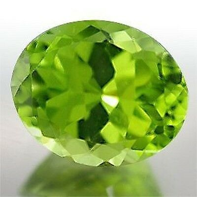 Amazing Flawless Green PERIDOT Oval Cut 10.8 x 8.8 mm Valued at $616.15