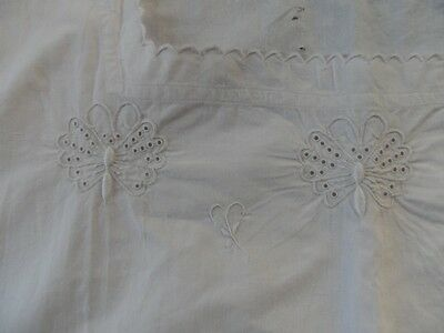 Chemise ancienne coton , broderie , initiale BF -finition feston, grande taille