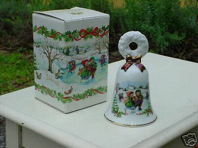 Avon  1986  Christmas  Bell  Fine Collectibles