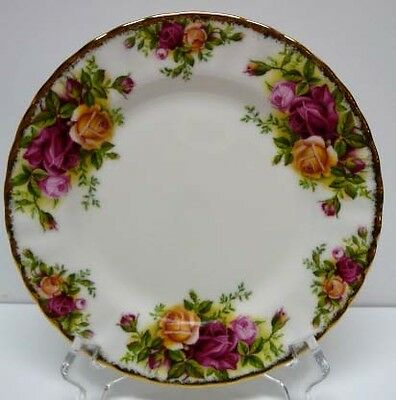 Royal Albert-Old Country Roses-Bread &Butter Plate-Made In  England