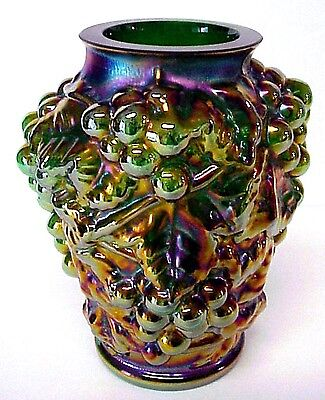 Fenton Art Glass Emerald Green Marigold Carnival Glass Grapes Vase New MIB