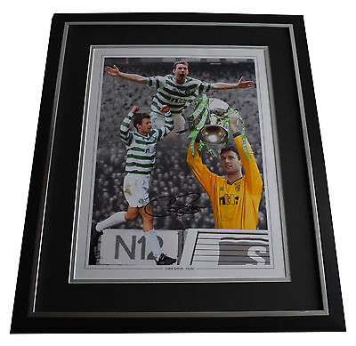 Chris Sutton SIGNED Framed Photo Autograph Huge display Celtic Football PROOF