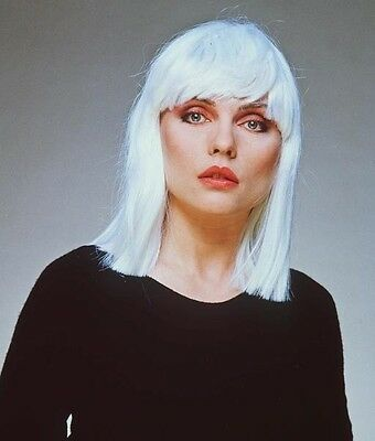 Debbie Harry UNSIGNED photo - E1405 - Lead singer of punk rock band Blondie