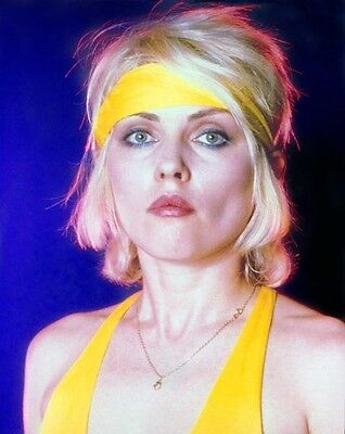 Debbie Harry UNSIGNED photo - E1406 - Lead singer of punk rock band Blondie