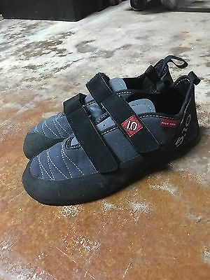 Five Ten 5.10 Junior Stealth C4 Climbing Shoe Youth Size 10.5