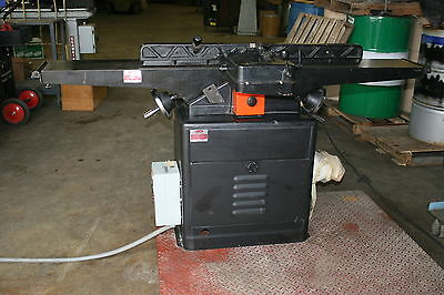 "Dayton Long Table Parallelogram Jointer 8"" 1.5 HP (5Z043) 1/8"" x 8-1/8"" Capacity"