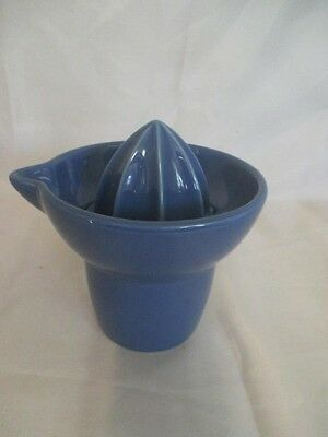 D2 Blue Ceramic Double Sided Reamer Juicer with Pouring Pitcher