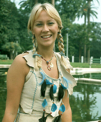 Agnetha Fältskog UNSIGNED photo - E1517 - Former member of Abba