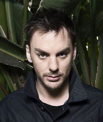 Shannon Leto UNSIGNED photo -E1511- Drummer of rock band Thirty Seconds to Mars