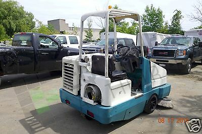 Reconditioned Tennant 6550 LPG Industrial Sweeper For Sale