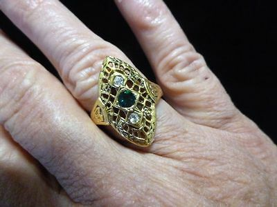 Authentic Vintage Vargas 18kt HGE Filigree Ring Size 9-w/GREEN Rhinestone