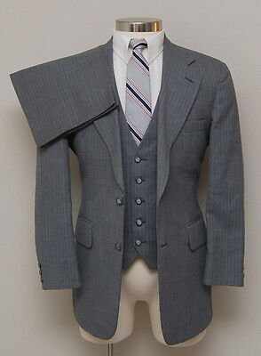Vintage Mens 38R Johnny Carson 3 Piece Grey w/ Red/White Pinstripe Wool Suit