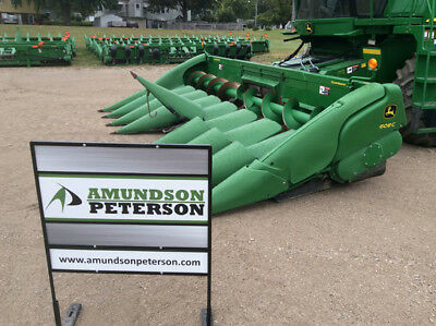 2009 John Deere 608C Headers
