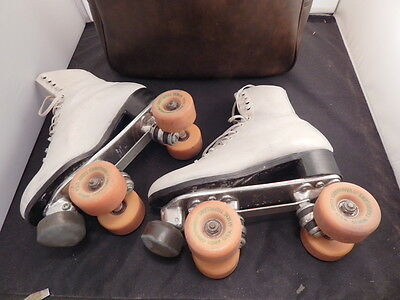 vintage RIEDELL Red Wing LADIES ROLLER SKATES  leather 6.5 womans professional