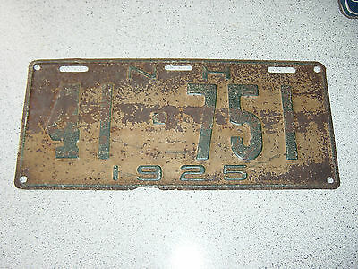 1925 New Hampshire USA License Plate 41-751 Plaque 25 NH N. H.