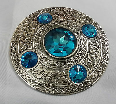 New Highland Kilt Fly Plaid Brooch Sly Blue Stone Antique/Celtic Ladies Brooches