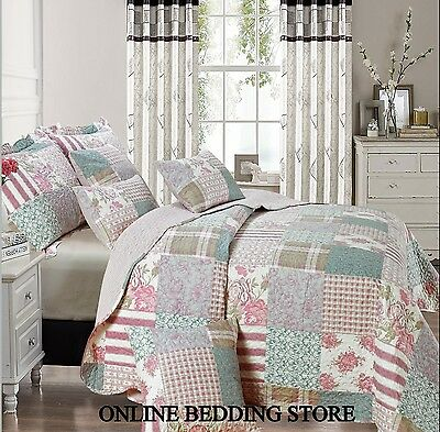 Beautiful Floral Vintage Patchwork (Blossom) Quilted Bedspread & 2 Pillow Shams