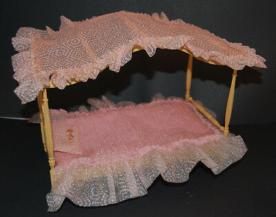 Vintage Barbie Susy Suzy Goose 4 Poster Canopy Bed