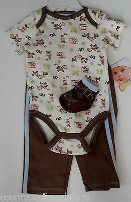 Vitamins Baby Boys 3 piece outfit Size 9 Months