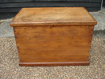 LOVELY 19th CENTURY PINE BLANKET BOX CHEST TRUNK ANTIQUE VICTORIAN
