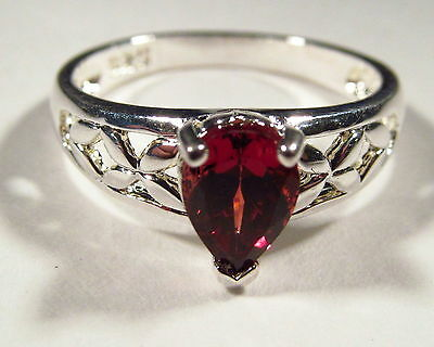 Eye-Catching Genuine Garnet Sterling Silver Ring Size 5.25       GR127