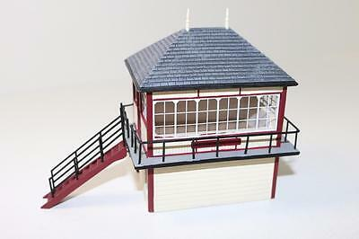 OO 1:76 scale Hornby Skaledale Signal Box R9776 New FNQHobbys