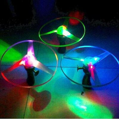 Multi Color LED Lights Saucer 2016 UFO Helicopter Flying Educational Toy Outdoor