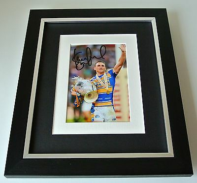 Kevin Sinfield SIGNED 10X8 FRAMED Photo Autograph Display Leeds Rhinos PROOF