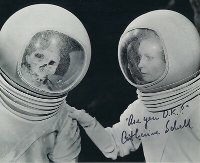 Catherine Schell SIGNED photo + funny quote!!!! - J133 - Space: 1999