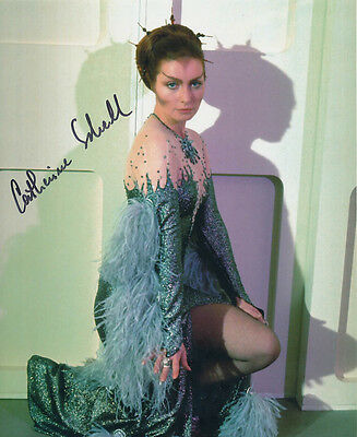 Catherine Schell SIGNED photo - J132 - Space: 1999