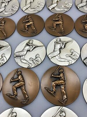 25 Baseball Player Medal Trophy Award Medallion Inserts Component Part 2 Inch