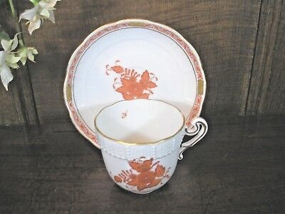 EXCELLENT Herend CHINESE BOUQUET RUST hand painted CUP & SAUCER- shaped handle